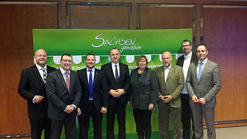 Mitglieder des Umwelt- und Landwirtschaftsausschusses auf der Grünen Woche in Berlin.