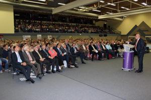 Vor 1.000 Menschen sprach Volker Kauder zum Thema Christenverfolgung.