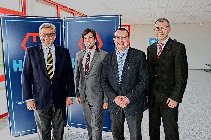 Wolf Hoppe (Geschäftsführer), Clemens Lötzsch (Bürgermeisterkandidat in Crottendorf), Ronny Wähner (MdL) und Frank Lauterbach (Betriebsleiter in Crottendorf) (v.l.n.r.).