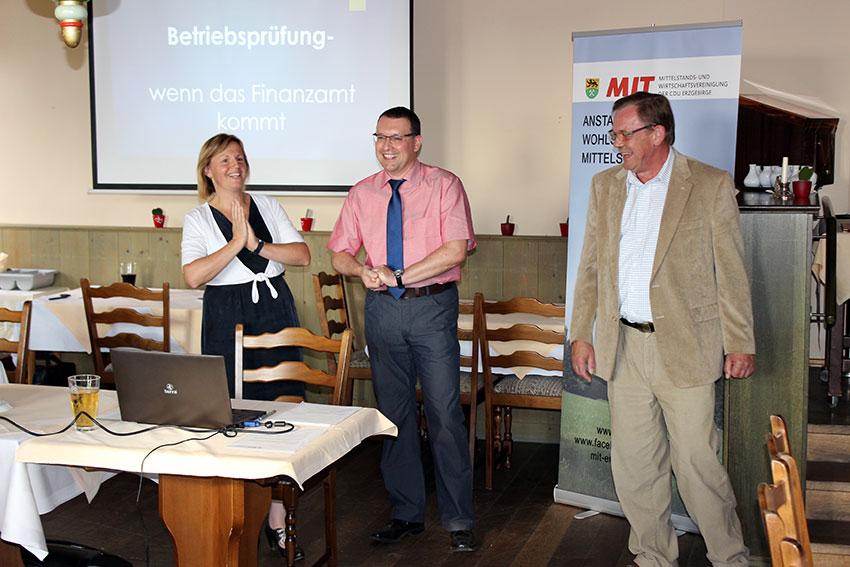 Landtagskandidat Ronny Wähner bei einer Veranstaltung der MIT-Erzgebirge in Annaberg-Buchholz.