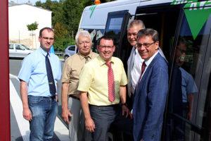 Umwelt- und Landwirtschaftsminister Frank Kupfer (r.) besuchte die Region.
