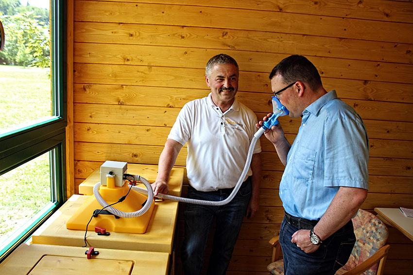 Eröffnung der Apitherapiestation in Thermalbad-Wiesenbad.