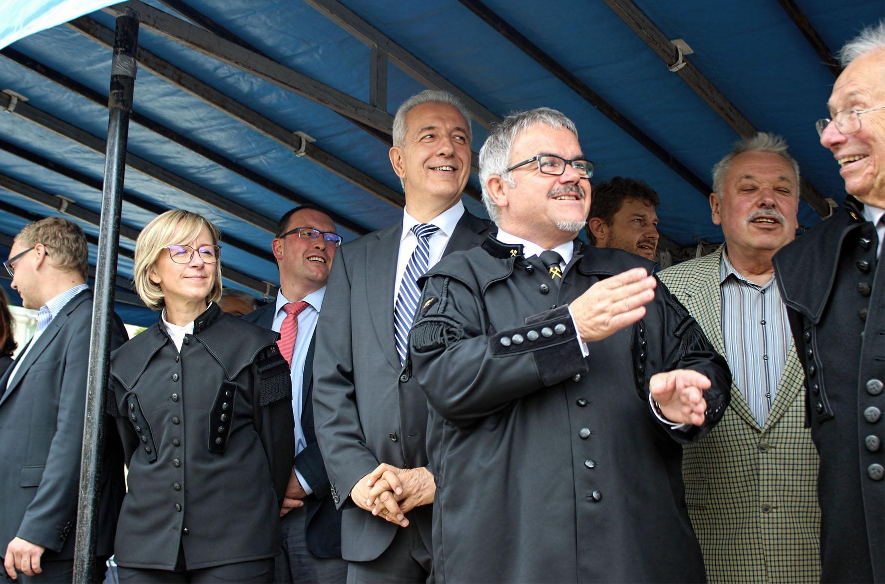 Unter den Gästen auch Sachsens Ministerpräsident Stanislaw Tillich.