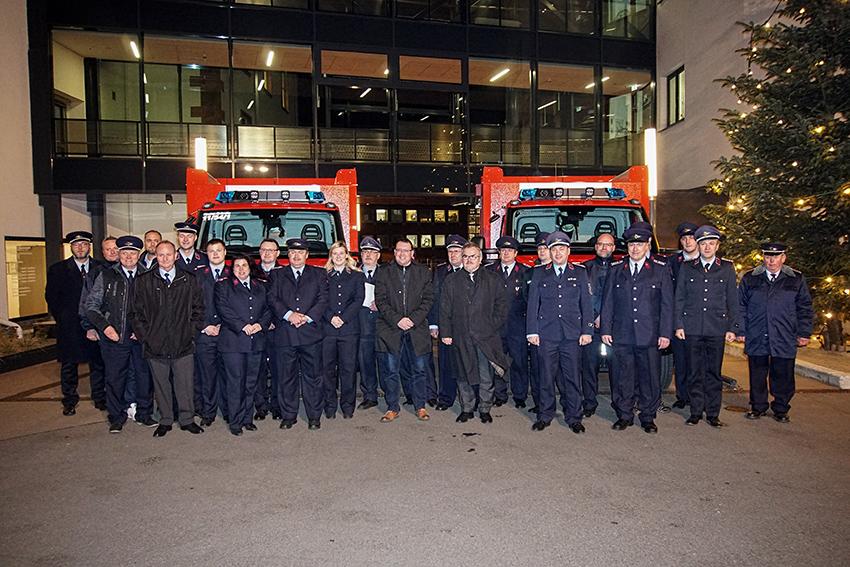 Übergabe der zwei neuen Feuerwehrfahrzeuge in Annaberg-Buchholz.