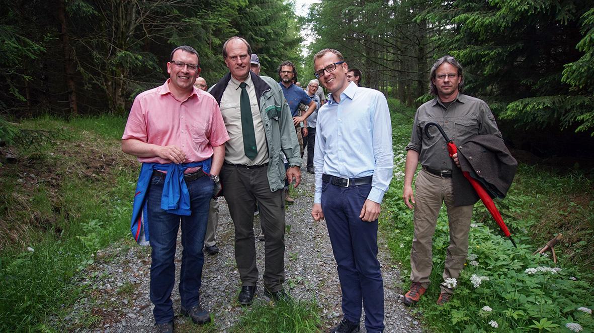 Waldspaziergang mit MdB Alexander Krauß.